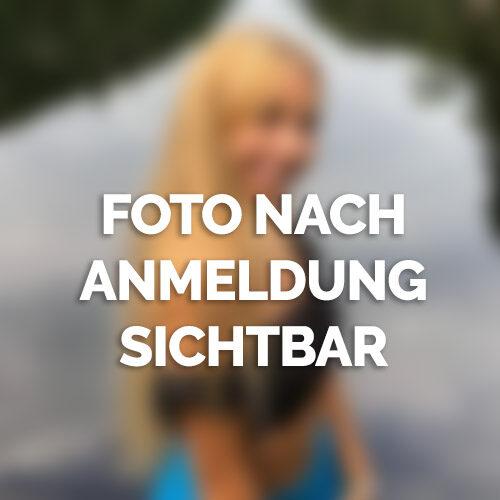 Blonde Sexbombe aus Schwerin braucht dich