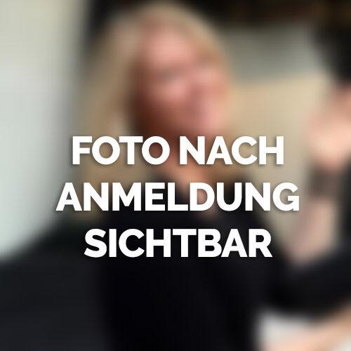 Hübsche Blondine sucht in Düsseldorf nach Sexpartner