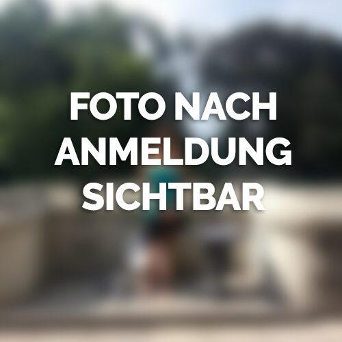 Luder aus Stuttgart hat Lust auf Sex
