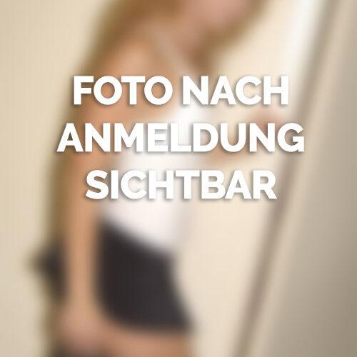 Reife Blondine sucht Sexpartner in Hamburg